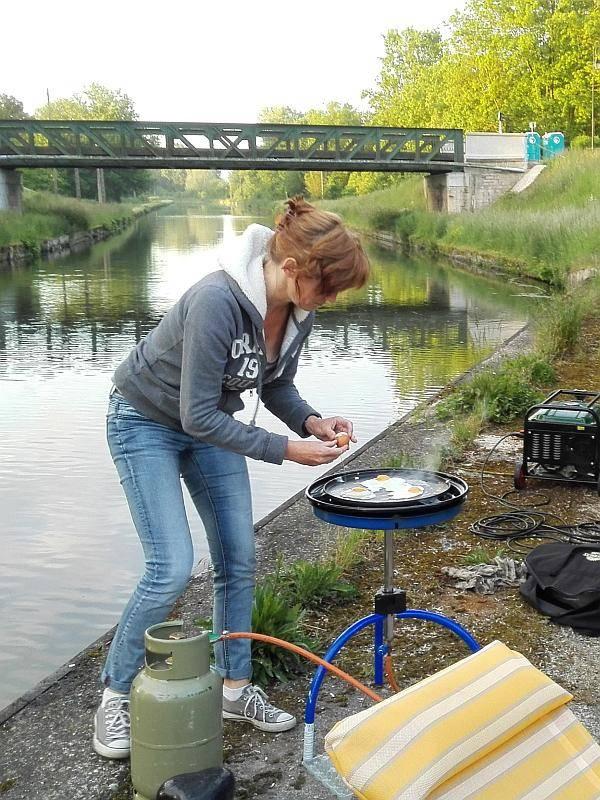 Catering: Annemieke bakt een eitje voor het ontbijt